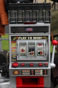slot machine players